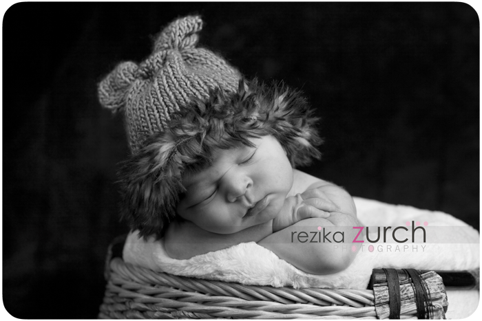edmonton newborn photographer cute hat